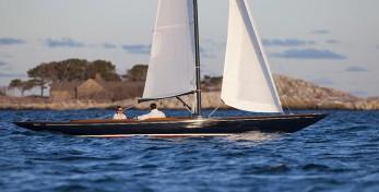C W  Hood 32 Classic Daysailer - Classic Sailboats