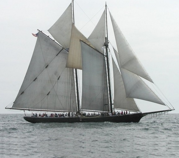 Schooner-Ernestina-Photo-courtesy-of-the-Schooner-Ernestina-Morrissey-Association-Inc.